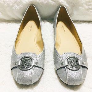 🌺 Liz Claiborne Silver Flats Size 8